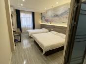 怡莱武汉六渡桥地铁站酒店360全景图